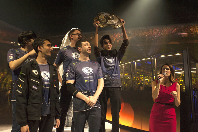 Raising the Aegis at The International 5 in 2015.